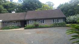 3 Bedroom spacious Bungalow in Beautiful 1acre compound- Old Kitusuru