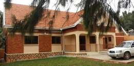 Nalya 3bedrmed stand alone house for rent at 1.2m