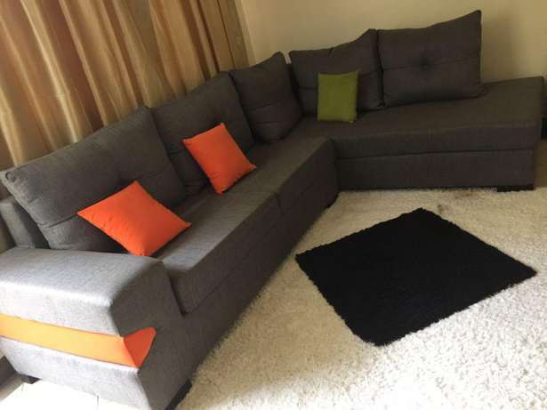 Sofa on quick sale. Donholm - image 1