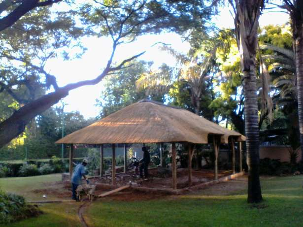 Thatch roofs & repairs Bronkhorstspruit - image 2
