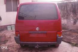 Tokunbo Volkswagen T4 Bus with A/C & Sound Petrol Engine for N1.3m