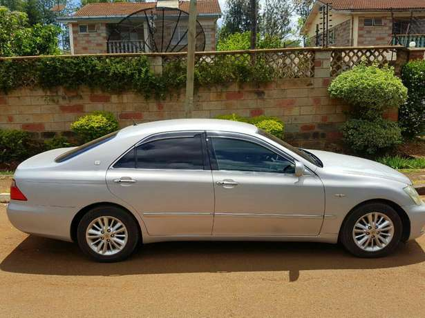 Toyota Crowne RoyalSaloon Eldoret North - image 2
