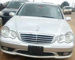 Mercedes Benz C240 full option 4matic 2007