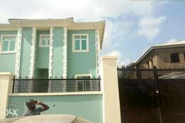 To let: 2bedroom duplex and a room and parlour Self contain duplex