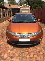 Honda Civic 1.8-VTEC V - Excellent condition