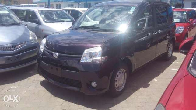 Toyota Sienta New Model Available for Sale Mombasa Island - image 6