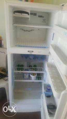 Lg fridge Parklands - image 3