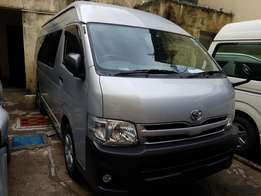 Toyota hiace 9l auto diesel on sale..