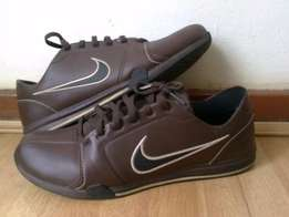 Nike Circuit Trainer Leather (Brown) UK 9