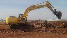 2009 New Holland E305B 30Ton