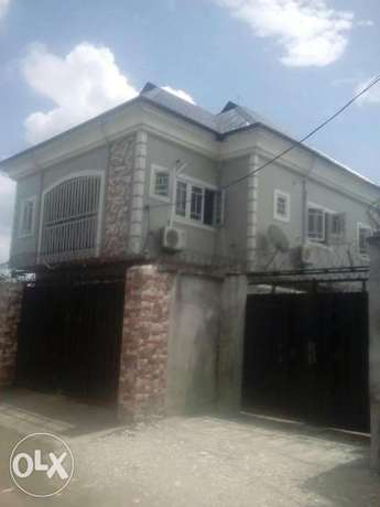 Standerd 2bedroom flat to let at stadium road just 2people in the comp Port Harcourt - image 2