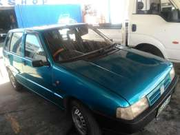 Very clean fiat uno for R19500