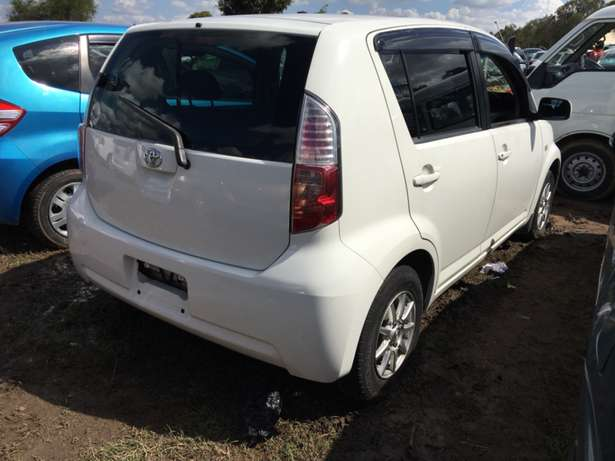 Toyota Passo: Woodly - image 7