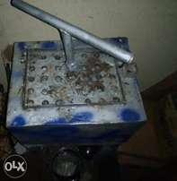 Candle moulder/machine