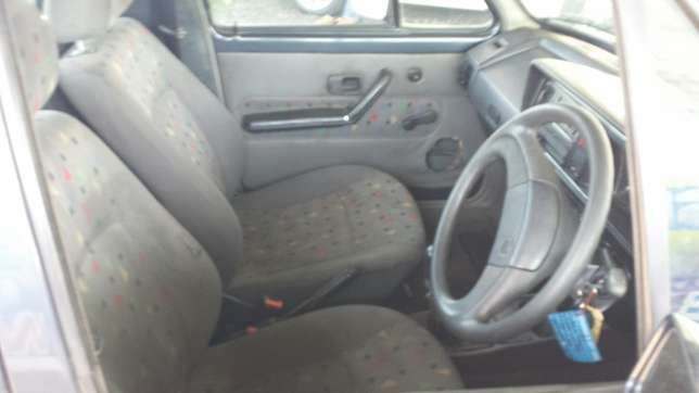 VW Caddy 1.6 Witbank - image 3