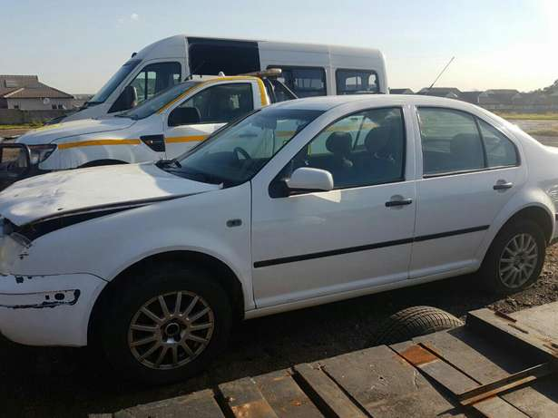 Hi there I'm currently selling a jetta Emalahleni - image 5