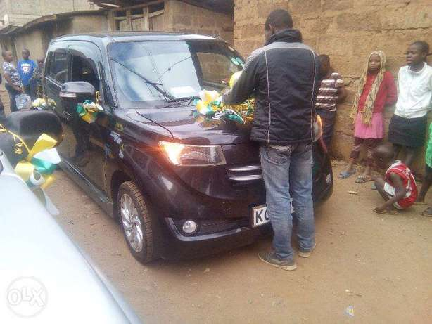 Black Toyota Bb 2008 model, individual owned. Nairobi CBD - image 1