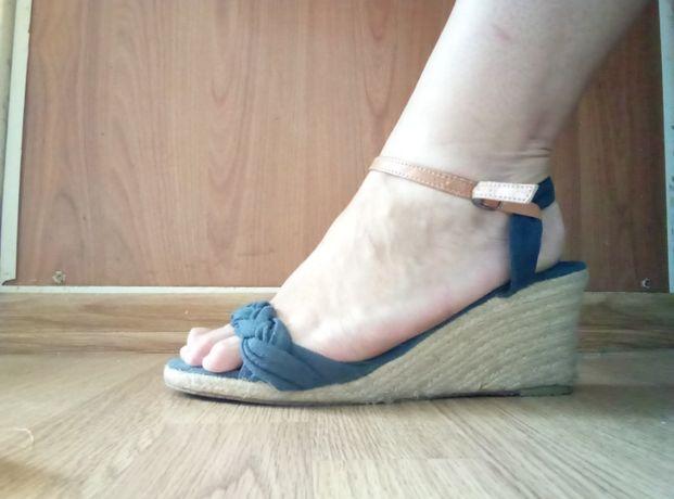 cc1cbb92a Текстильные босоножки на танкетке: 170 грн. - Женская обувь Полтава ...