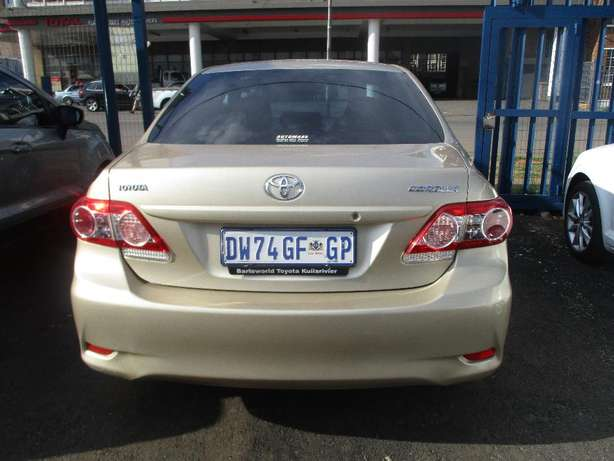 Toyota corolla 1.3 professional, 5-Doors, Factory A/c, C/d Player. Johannesburg CBD - image 2