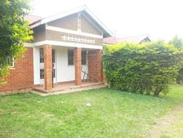 Self contained 2bedrooms house at 450000/=