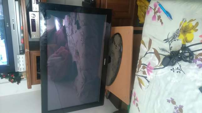 Samsung plasma display b430 42 inch in good condition Randburg - image 4