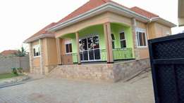 Ahouse for sale in kampalakira at 317m