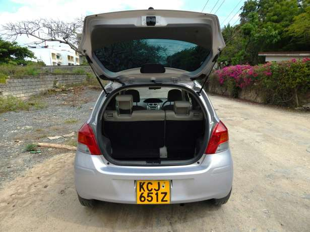 Toyota Vitz - Clean just cleared Nyali - image 4