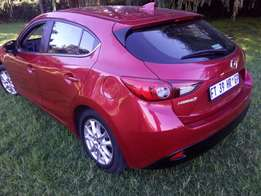 205 mazda 3 automatic 2.0 still very new lesthan 2 years old car1 yea