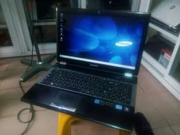 Samsung Notebook PC RC530 Intel Corei7 500gb/8gb 2gb Nvidia Graphics