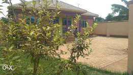 A house for sell in Gayaza at 102m