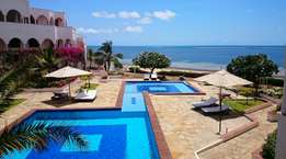 1 BR / 1 Bath Luxurious Classic Beach Apartment FOR SALE in Malindi