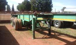 2004 and 2005 Henred Fruehauf 6m Double Axle Skeletal Trailer for sale