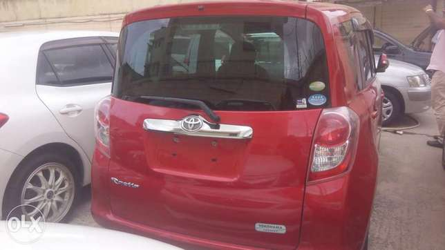 Wine Red Toyota Ractis Available for Sale Mombasa Island - image 2