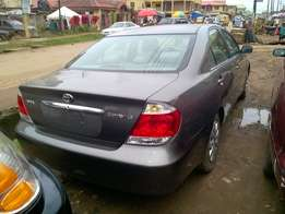 Very Clean Tokunbo Toyota Camry 05 big daddy