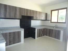 Spacious 3 Bedrooms Apartment To Let in Nyali