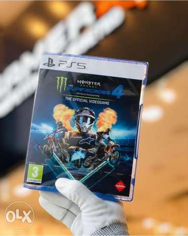 Supercross 4 Ps5 game available Now