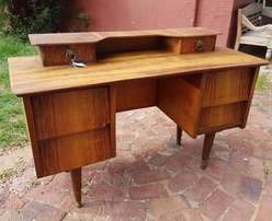 Art Deco Desk - 6 Drawers J 2262