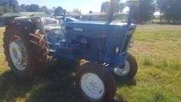 Ford 7600 tractor in good condition for sale
