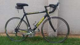 Scott road racing bicycle for sale, in great condition.
