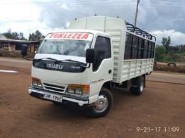 Isuzu ELF very clean local.