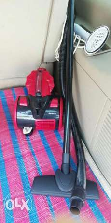 VACCUM CLEANR good condition interested cal pick RIYAD chk pictures