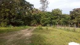 Prime 1/8 plot Mtwapa behind Kari with clean freehold title