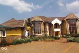 5 bedroom townhouse on 0.54 acre for rent in Runda