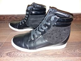 Снікерси - Жіноче взуття - OLX.ua - сторінка 9 fb030b32b3ed5