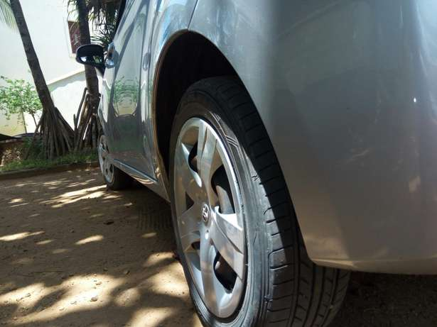 Toyota Ractis for sell Malindi - image 2