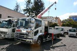 Isuzu Foward Crane 2010 Model