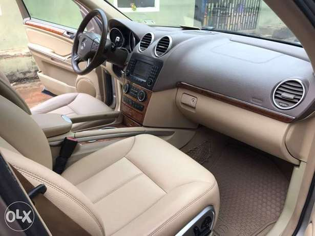 Foreign Used Mercedes Benz GL450 Lagos Mainland - image 2