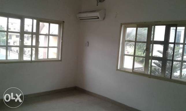 A Lovely One Bedroom Flat for Rent in Ikoyi, Lagos. Ikoyi - image 2