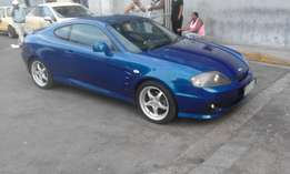 Hyundai tiburon V6 2007 model 3door blue in colorl 169000km R75000