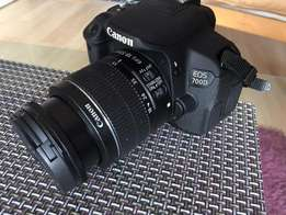 Canon EOD 700D with lens for sale
